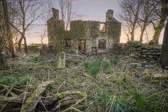 House of the Setting Sun (Ffotograffiaeth Dylan Arnold Photography) Tags: house ruin building sunset light woods spring garden derelict abandoned outdoors calm quiet tranquil evening wales cymru dilapidated trees wall landscape colours sky daffodils