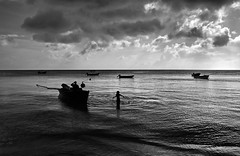 Providencia Island (nickturner5) Tags: sony rx100 colombia southamerica sea clouds sky island sanandres providencia harbour ocean caribbean beach atmosphere boats ripple seascape blackandwhite