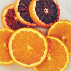 Citrus (v o y a g e u r) Tags: ipad amateur picture photo image couleurs colours colors nourriture food mandarine мандарин апельсин clémentine pamplemousse fruit grapefruit orange agrume citrus