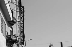 Budapest (ALL.Photography) Tags: budapest hongrie hungary travel traveller travelblog photography nikon nikononly d7000 50mm 50mmlens nikkor bw noiretblanc blackwhite blackandwhite blackwhiteonly bwcrew architecture architectureporn lines geometry architectureclub architecturelovers