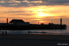 Blankenberge (Fabrice H. - Photography) Tags: pier sea northsea blankenberge sunset sun zondsondergang zee mer eau sky lucht wolken clouds zon soleil amazing nature natuur zomer summer water wood fabrice henneghien explore inexplore life canon popular flickr fabke people canon7d photography belgian view