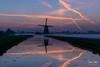 Sunrise Aarlanderveen 3 (M van Oosterhout) Tags: sunrise sun zonsopkomst nederland netherlands holland dutch alphen aan den rijn aarlanderveen windmill molen