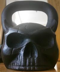 kettle skull (n.a.) Tags: kettlebell skull 16kg weight black metal iron