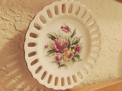 Day 81 - Project 365 - 2018-03-22 (photos_by_Henna) Tags: project365 2018 plate decoration phone moto motorola flowers