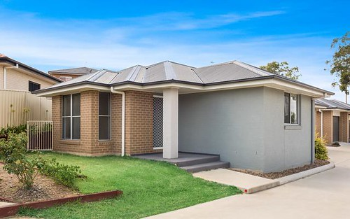 1/61 Clayton Crescent, Rutherford NSW