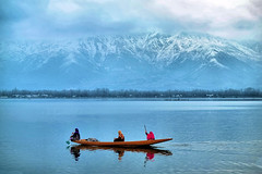 Dal Lake - A Winter Landscape (pallab seth) Tags: dallake lake kashmir srinagar india nature winter cold landscape boat fishermen charchinar charchinari ropalank rupalank vehicle travel adventure tour tourism shikara