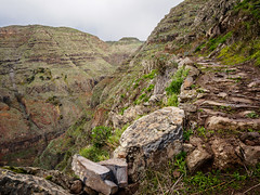 Hiking path high above Valle Gran Rey, La Gomera (B_Diana) Tags: lagomera vallegranrey hiking mountains hills landscape em5 omdem5 olympus