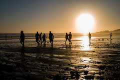 Sunset Beach Soccer (mripp) Tags: art vintage retro old soccer fussball nachwuchsförderung wm fussballweltmeisterschaft world cup marocco beach leicam10 summilux 50 sport sports bewegung playing sunset silhouett backlit