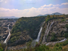 GaganaChukki (Pramod Bhardwaj) Tags: karnataka incrediblekarnataka water waterfalls landscape beautiful countryside colorfulcountryside bluesky