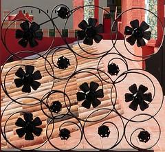 Barcelona - Carolines 020 e2 (Arnim Schulz) Tags: modernisme modernismo barcelona artnouveau stilefloreale jugendstil cataluña catalunya catalonia katalonien arquitectura architecture architektur spanien spain espagne españa espanya belleepoque fer castiron ferdefonte hierro ferro iron eisen gusseisen schmiedeeisen forjado forgé wrought forged art arte kunst baukunst ferronnerie gaudí fence liberty textur texture muster textura decoración dekoration deko deco ornament ornamento