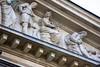 Fries an der Alten Oper (S. Ruehlow) Tags: opernplatz frankfurt alteoper oper skulptur figur fries nackt nude nacktefrau nacktermann sterbenderjüngling drama musik harp harfe schere