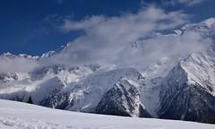 Mont Blanc et cotton - Mont Blanc in coton (CHAM BT) Tags: neige trace nuage glacier fraiche blanc sommet arete pointe bleu montblanc hautesavoie alpes france rando marche snow cloud fresh white summit ridge blue hike walk mountain montagne fantasticnature