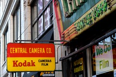 Central Camera (dangaken) Tags: chicago il illinois windycity usa chi chicagoil city urban spring 312 midwest neon camera film centralcameraco centralcamera store camerastore photography photostore filmprocessing filmdeveloping retail wabash jewelersrow