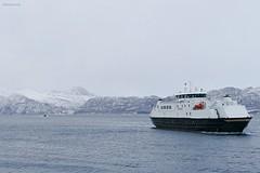 """""""Rørstad"""", """"Rødøy"""" og""""Vågan"""" (OlafHorsevik) Tags: vågan torghattennord thn ferge ferga ferry ferja ferje rv17 fv17 kystriksveien kilboghamn rødøy rørstad"""