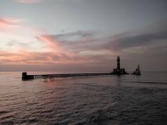 Daedalus reef punaisella merellä päivän sukellusten jälkeen. Noin eristyneessä paikassa en ole ennen herännyt. Tuolla oli myös ensimmäinen kerta, kun näin läheltä hain ja kilpikonnan muualla kuin akvaariossa, jouduin pesukoneeseen ja nousin zodiaciin isom