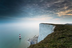 Beachy Head, Sussex (E_W_Photo) Tags: beachyhead lighthouse sussex england uk southdowns sunset sea cliff clouds canon 80d sigma 1020mm leefilters longexposure littlestopper belletoutlighthouse