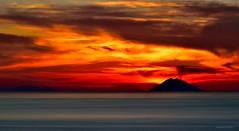 Fire (Arcieri Saverio) Tags: rosso red rouge fire calabria italia italy paesaggiitaliani paesaggi eolie iddu isle tramonti sunset sun sky fuoco nikon d5300 55300mm mare romantic natura naturaleza natural