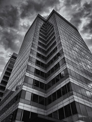Reflecting quietly in the corner (G-WWBB) Tags: somewhere reflect reflecting corner building architecture clouds londonsomewhere