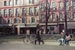 (martsinmars) Tags: select film filmphoto nikonfe analog analogphotography analogue analogico street streetphotography toulouse