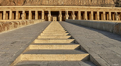 Templo Reina Hatshepsut. Egipto (F. Nestares P.) Tags: egipto hatshepsut 1001nights