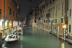 Venice in the night (Harrthil) Tags: venedig italy italien adria nacht wasser gasse boot
