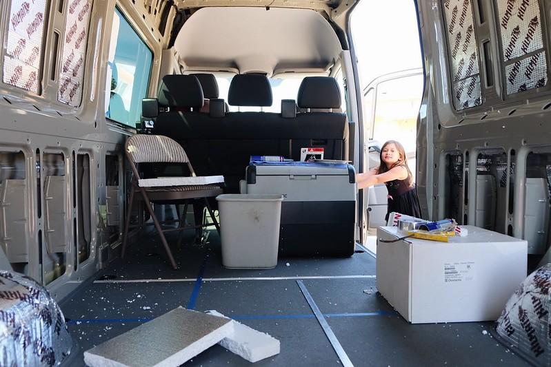 Sprinter camper van build : day 3