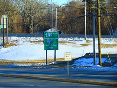 CT 85 (jjbers) Tags: connecticut road signs highway march 18 2018 ct 85 95 button copy