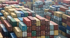 China fires back at Trump with the threat of tariffs on 106 U.S. products, including soybeans (psbsve) Tags: noticias curioso movie interesante video news imágenes world mundo información política peliculas sucesos acontecimientos entertainment