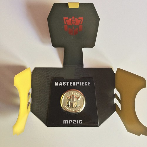 Transformers Masterpiece MP-21G Bumble Collector coin