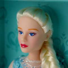 Frozen: The Broadway Musical Collectibles - Limited Edition Elsa Doll - Open Box - Covers Off - Closeup Right Front View #3 (drj1828) Tags: frozen broadway musical merchandise collectible purchase doll 12inch limitededition boxed opened