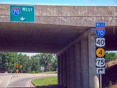 Ramp to I-70 West from Gage Blvd, 30 June 2017 (photography.by.ROEVER) Tags: kansas shawneecounty topeka interstate road highway interstate70 i70 us40 k4 us75 sign shieldsign west westi70 westbound bridge ramp onramp interchange exit gageblvd drive driver driving driverpic ontheroad 2017 june june2017 usa