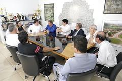 """Reunião - Aparecida de Goiânia • <a style=""""font-size:0.8em;"""" href=""""http://www.flickr.com/photos/100019041@N05/40903241351/"""" target=""""_blank"""">View on Flickr</a>"""