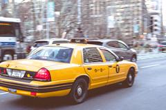 5th Avenue (TS_1000) Tags: ny nyc newyork newyorkcity 5thavenue flatironbuilding taxi cab yellow mrcabdriver street leica m m240 leicam240 voigtlander nokton manhattan retro