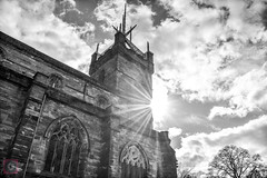 St.Michael's Parish Church, Linlithgow in the sunshine (picsbyCaroline) Tags: church scotland sun linlithgow palace structure clouds old heritage building architecture historic shapes black white stunning beauty parish visitor