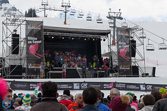 _MG_2137 (L'Échappé Belge) Tags: glisseencoeurlegrandbornandskiechappebelgeyvesvancaut glisseencoeurlegrandbornandskiechappebelgeyvesvancautereventcaritatif2018coeuraravis glisse en coeur tfa grand bornand haute savoie mont blanc julbo salomon ski mojo event caritatif montagne organisation fête populaire soirée star80 concert music chanteur chansons