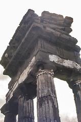 Tempio dei Dioscuri, Agrigento (jacqueline.poggi) Tags: agrigente agrigento italia italie italy sicile sicilia sicily tempiodeidioscuri tempiodesdioscures templeofthedioscuri valléedestemples antiquité archaelogy archeology archéologie greekperiod greektemple styledorique temple templegrec valledeitempli