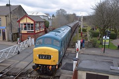 45108 arrives at Ramsbottom, with the 14.00 service from Rawtenstall to Heywood. East Lancs Railway. 31 03 2018 (pnb511) Tags: loco locomotive train engine track diesel peak class45 45108 levelcrossing signalbox crossing gates house eastlancsrailway elr bury
