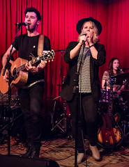 Coffee Shop Arena Rock 04/07/2018 #27 (jus10h) Tags: coffeeshoparenarock curtispeoples hotelcafe losangeles hollywood california live music concert gig event residency show performance showcase coffeeshop arenarock 80s 90s covers songs singers nikon d610 lowlight photography 2018 april justinhiguchi