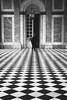 Romantisme à Paris (Shall_) Tags: parís semainesainte france îledefrance capitale française noiretblanc romantisme ville désinvolte art