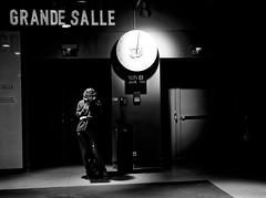 La grande salle (Paolo Pizzimenti) Tags: salle canalhammam cinéma pompidour centre crimée paris paolo zuiko olympus 25mm f18 17mm omdemmkii film pellicule argentique m43mirrorless doisneau