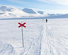 Alesjaure I (Gustaf_E) Tags: alesjaure berg fjäll fjällstuga högfjäll kväll landscape landskap lappland norrland sverige sweden tur turskidor vinter winter