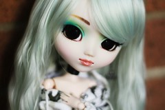 literally just uploading this so i can freak out (hauntiing) Tags: pullip prunella pullipprunella pullips doll dolls toy toys