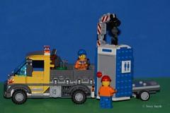 Unloading (79/365) (Tas1927) Tags: 365the2018edition 3652018 day79365 20mar18 lego minifigure minifig