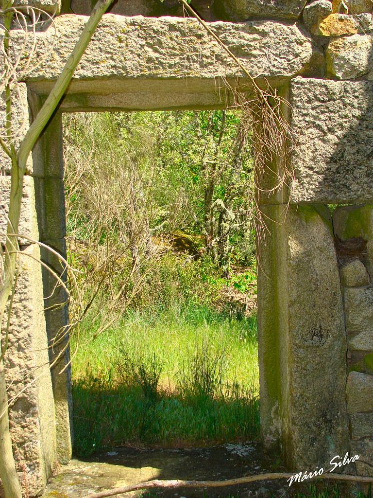 Águas Frias (Chaves) - ... porta aberta para a Natureza ...