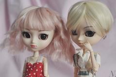 girls together (uglycherries) Tags: pullip saras princess ann roman holiday pink blonde obitsu obitsued