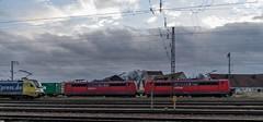 22_2007_02_26_Regensburg_Ost_DB_101_133_dispolok_ES_64_U2_-_004_182_504_Lz_DB_151_Doppel_Regensburg (ruhrpott.sprinter) Tags: ruhrpott sprinter deutschland germany allmangne nrw ruhrgebiet gelsenkirchen lokomotive locomotives eisenbahn railroad rail zug train reisezug passenger güter cargo freight fret regensburg ost db dispolok siemensdispolok regentalbahn mwb railion 101 151 152 185 232 363 1701 es 64 u2 es64u2 ludmilla containerzug outdoor logo natur graffiti