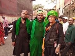 Sandal Syed Ali Mira Datar Darukhana Reay Road Mumbai 2018 (firoze shakir photographerno1) Tags: sandalmiradatardarukhanareayroadmumbai chilla nasirbhairrafaee qadrirafaeesilsila sufism streetphotography hazri possession ratib