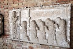 DSC_3032 (Thomas Cogley) Tags: friday italia italy murano museo museodelvetro pray sculpture stone venezia venice vetro thomascogley thomas cogley