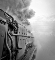 Great Central Railway Rothley Leicestershire 10th March 2018 (loose_grip_99) Tags: great central railway railroad rail train leicestershire eastmidlands england uk preservation transportation blackwhite noiretblanc steam engine locomotive gassteam uksteam trains railways britishrailways standard 9f 2100 92214 march 2018 rothley misty