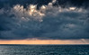 2017-07a-F3573 copia (Fotgrafo-robby25) Tags: alicante costablanca fujifilmxt2 marmediterráneo nubes rayosdesol torredelahoradada